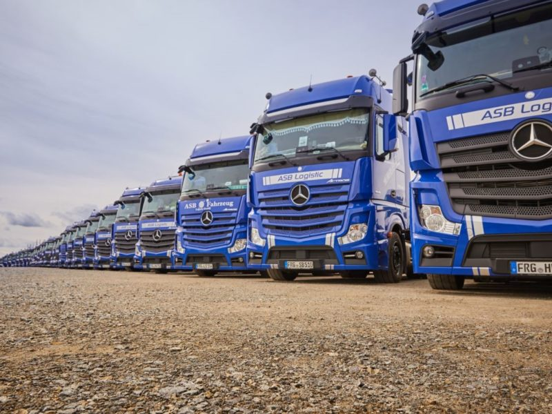 Inform and ASB Logistics develop individual solutions in vehicle logistics