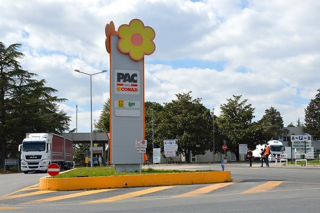 PAC2000A Conad chooses TESISQUARE® and SHIPPEO to improve real-time transport visibility